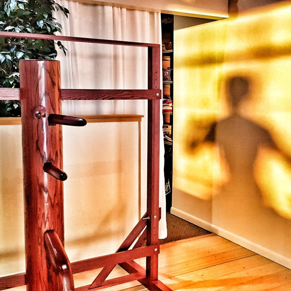 JKD Wooden Dummy Studio Bruce Lee